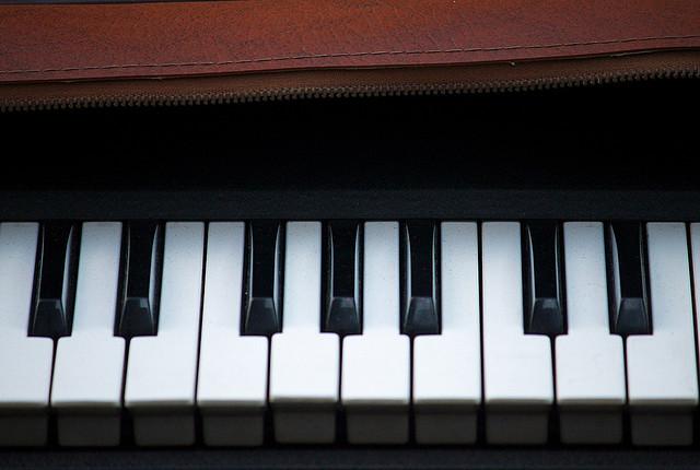 piano flea market