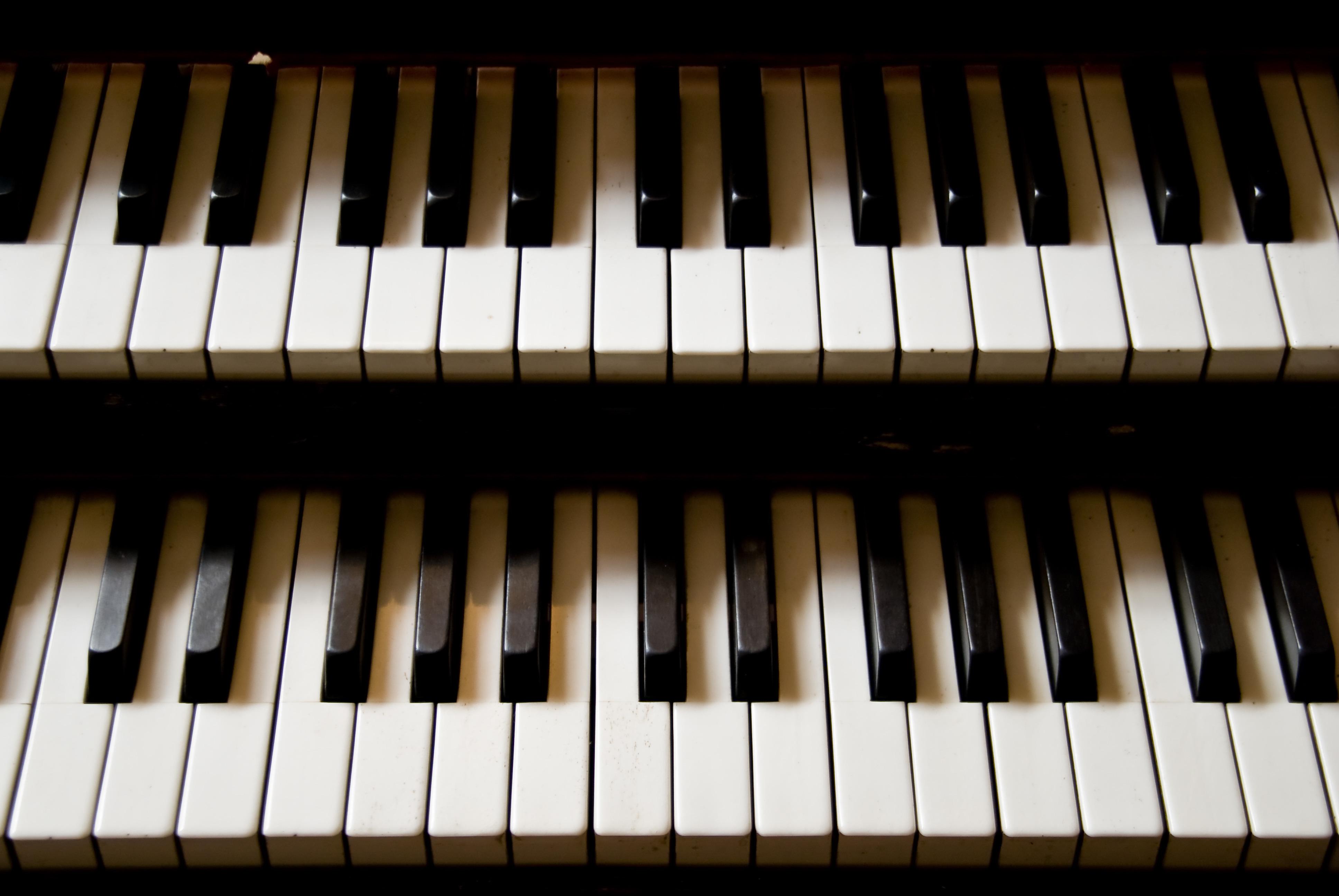 piano-teacher-history